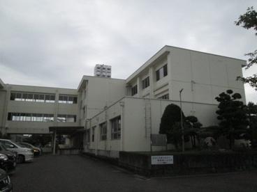 関市立桜ヶ丘小学校の画像1