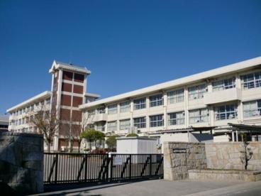 岐阜市立長良中学校の画像1