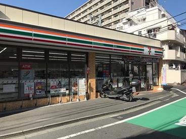 セブンイレブン 高田馬場3丁目中央店の画像1