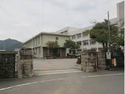 林田中学校の画像1