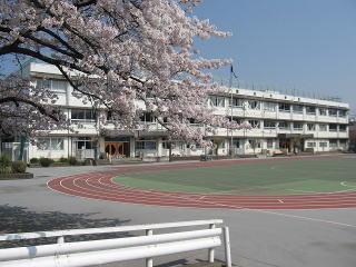 北区立西が丘小学校の画像1