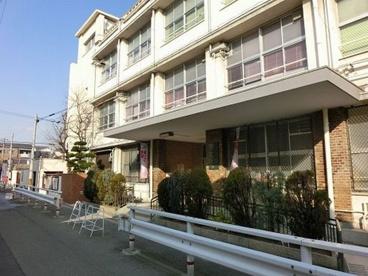 大阪市立生野小学校の画像1