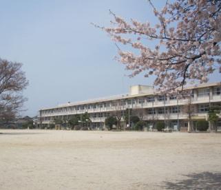 前橋市立敷島小学校の画像1