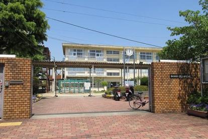 東大阪市立繩手中学校②の画像1