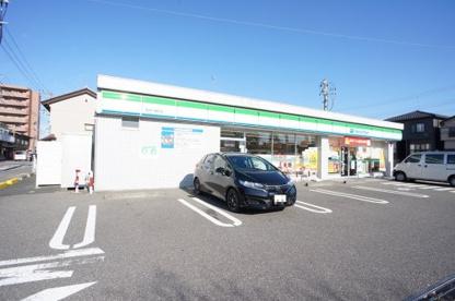 ファミリーマート 新潟十番町店の画像1