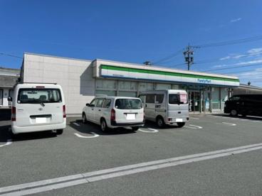 ファミリーマート河芸町中別保店の画像1