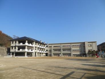 玉野市立八浜中学校の画像1