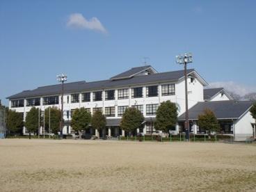 近江八幡市立武佐小学校の画像1