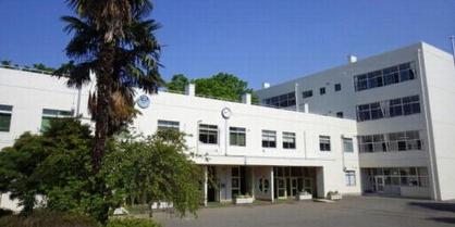 鶴ヶ島市立鶴ヶ島中学校の画像1