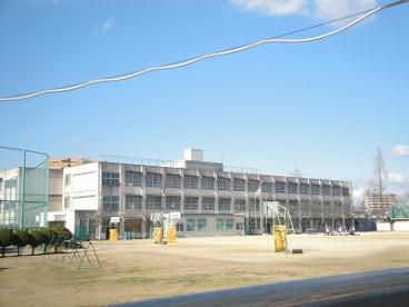 堺市立金岡南小学校の画像1