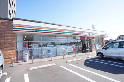 セブン-イレブン新潟上所2丁目店の画像1