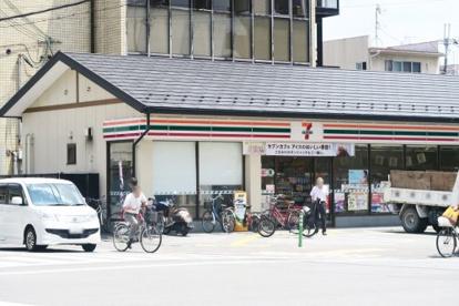 セブンイレブン 京都西大路花屋町店の画像1