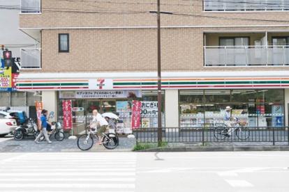 セブンイレブン 京都二条駅南店の画像1