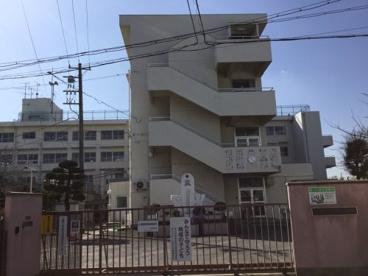 大東市立三箇小学校の画像1