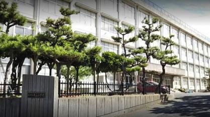 新潟市立桃山小学校の画像1