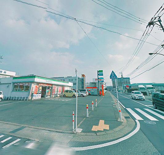 ファミリーマート 松田3丁目店の画像