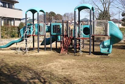 さいたま市天沼テニス公園の画像1