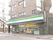 ファミリーマート 千歳烏山店