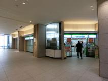ファミリーマート 世田谷ビジネススクエア店