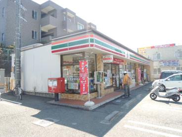 セブンイレブン八王子松木店の画像1