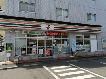 セブンイレブン 和光丸山台店の画像1