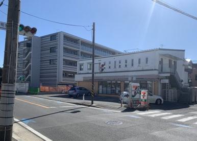 セブンイレブン 川崎古川町店の画像1