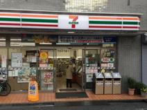 セブンイレブン 新宿東店