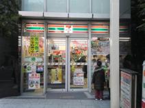 セブンイレブン 横浜中華街東門店