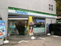 ファミリーマート 芦花公園駅北店