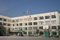 荒川区立第一中学校の画像1