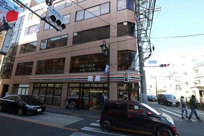 セブンイレブン小平一橋学園駅前店の画像1