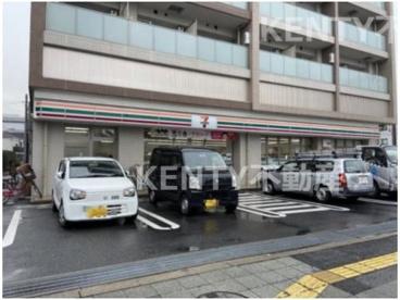 セブンイレブン 大田区東六郷2丁目店の画像1