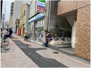 ファミリーマート 羽田四丁目店の画像1