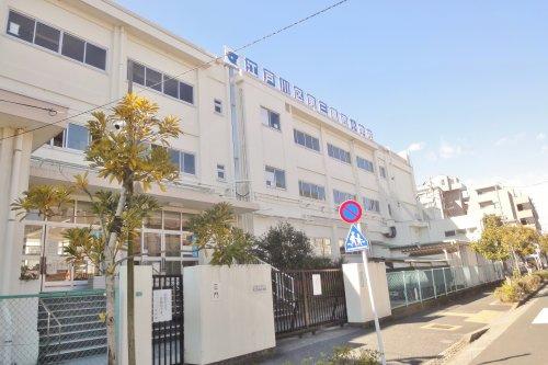 江戸川区立第三葛西小学校の画像