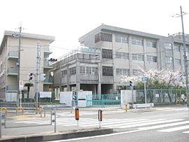 寝屋川市立中木田中学校の画像1