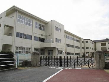 三上小学校の画像1
