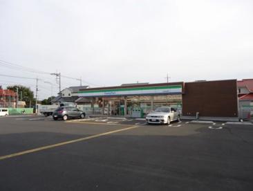 ファミリーマート 上尾小敷谷東店の画像1