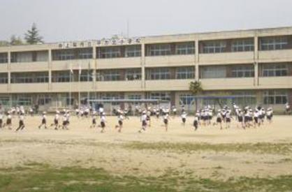 上尾市立平方小学校の画像1