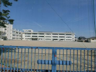 津市立新町小学校の画像1