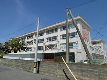 津市立西橋内中学校の画像1