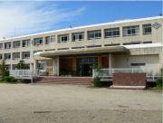 岡山小学校の画像1