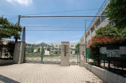 中野区立啓明小学校の画像1