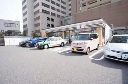 セブン-イレブン 新潟寄居町店の画像1