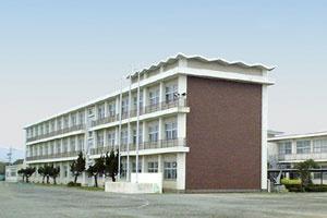 中学校 赤羽根