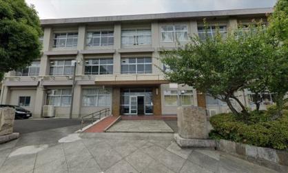 志賀中学校の画像1