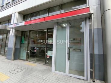三菱UFJ銀行横浜白楽支店の画像1