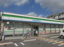ファミリーマート 草加瀬崎二丁目店