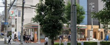 セブンイレブン大阪道修町1丁目の画像1