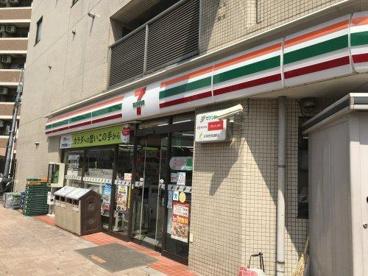 セブンイレブン神山店の画像1