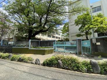 世田谷区立笹原小学校の画像2